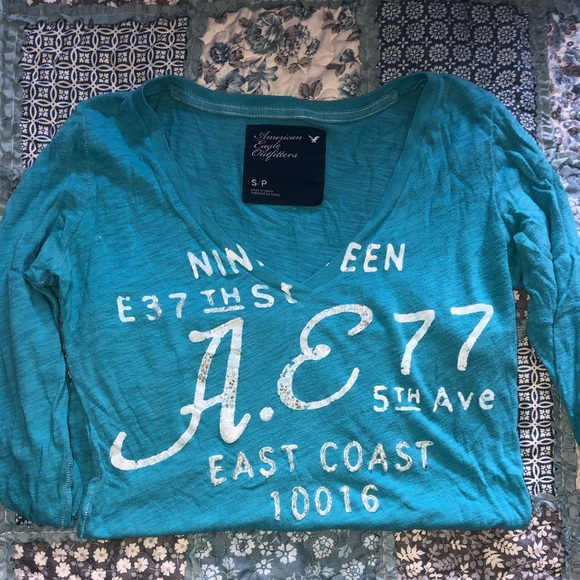 American Eagle Outfitters Tops - American Eagle Long Sleeve T